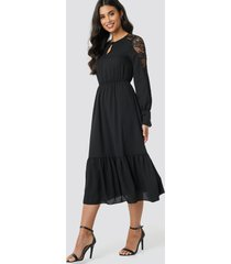 trendyol lace detailed midi dress - black