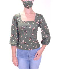 almost famous juniors' floral-print top with matching mask