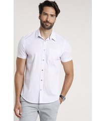 camisa masculina comfort fit listrada com bolso manga curta off white