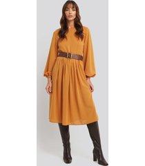 na-kd trend pleat skirt chiffon dress - orange