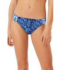 women's tommy bahama woodblock reversible hipster bikini bottoms, size x-large - blue