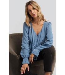 na-kd drawstring detail blouse - blue