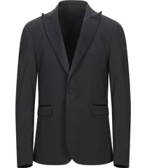 i'm brian suit jackets