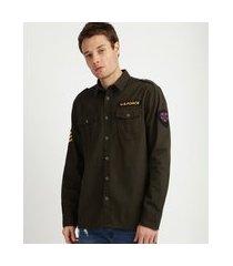 jaqueta masculina militar com bolsos manga longa verde militar