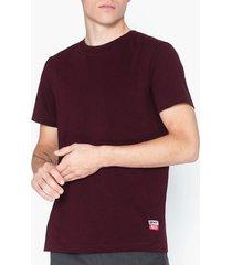 whyred art whyred t-shirts & linnen burgundy