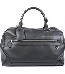 louis vuitton taiga leather travel bag