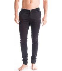 pantalón negro usina 77