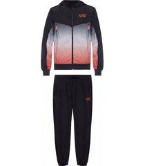 hoodie & sweatpants set