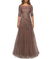 la femme floral lace & tulle gown, size 4 in cocoa at nordstrom