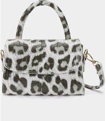 bolso bandolera con solapa en relieve de cocodrilo con estampado de leopardo