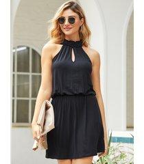 cintura con cordón halter recortada negra vestido
