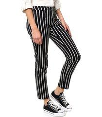 pantalón negro yurine recto