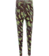 spodnie kaszmirowe camouflage