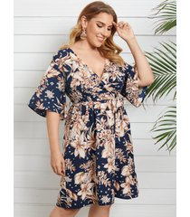 yoins plus talla cuello en v estampado floral cinturón diseño diseño cruzado medias mangas vestido