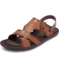 slippers bassi da spiaggia con fibbia metallica