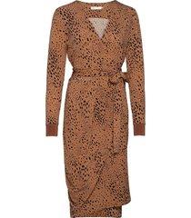 imeldaiw wrap dress knälång klänning beige inwear