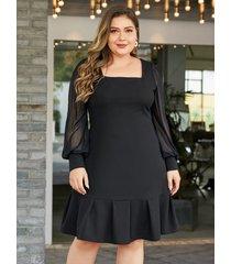 vestido de malla con cuello cuadrado y patchwork negro de talla grande de yoins