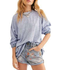 women's free people be free mock neck stripe tunic, size x-small - blue