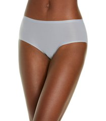 women's chantelle lingerie soft stretch seamless hipster panties, size one size - grey