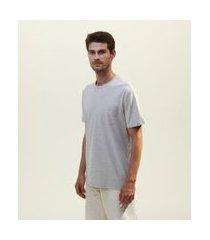 camiseta lisa com bolso | marfinno | cinza | p