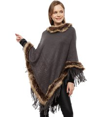 poncho lineatre peludo gris - calce oversize