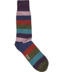 purple socks with hammer stripes pattern
