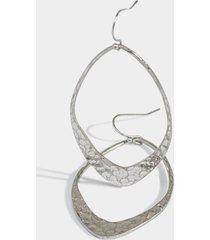 adi hammered metal teardrop earrings in silver - silver