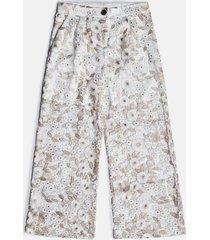kwiatowe koronkowe spodnie