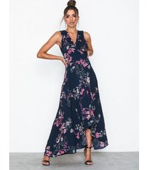 ax paris maxi flower dress maxiklänningar