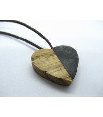 drewniany wisiorek serce dąb+czarny