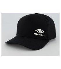 boné umbro logo player preto