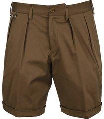 neil barrett double pleat slim naval shorts