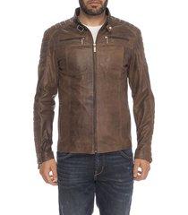 chaqueta de cuero marrón yole