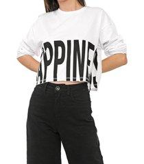 camiseta c lettering branca - kanui