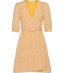 britt ss wrap dress aop 10864 dresses wrap dresses rosa samsøe samsøe
