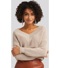 na-kd v-neck wide rib knitted sweater - beige