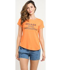 t-shirt manola kardashian laranja - kanui