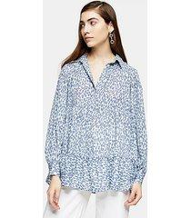 blue animal print tiered shirt - blue