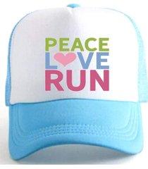 boné trucker corrida estampado snapback azul e branco - peace love run  azul