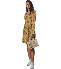 vestido corto adrissa corto estampado floral con escote cruzado