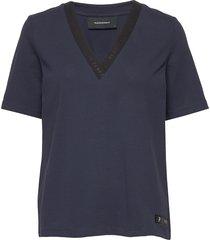 w tech vn tee t-shirts & tops short-sleeved blå peak performance