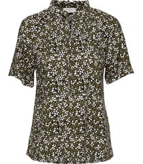 agnes-ss-bl blouses short-sleeved grön free/quent