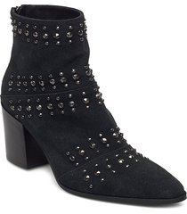 classic rivets new shoes boots ankle boots ankle boot - heel svart apair