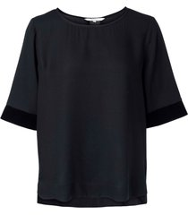 yaya 1901365-025 regular fit top with velvet cuffs and back
