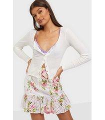 river island bella floral broiderie mini skirt minikjolar