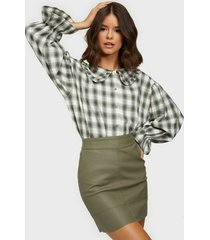 only onlbase faux leather skirt otw noos minikjolar grön