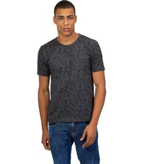camiseta masculina folhagem cinza