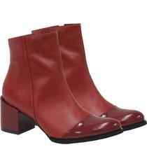 botín costanza rojo vino femenino elaborado en cuero y charol, altura 5,5 venneto-be yourself