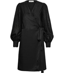 contrast sleeve dress dresses wrap dresses svart maud