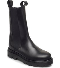 lia black leather shoes chelsea boots svart flattered